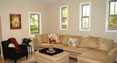 Living Room: 15656 Beltaire Lane