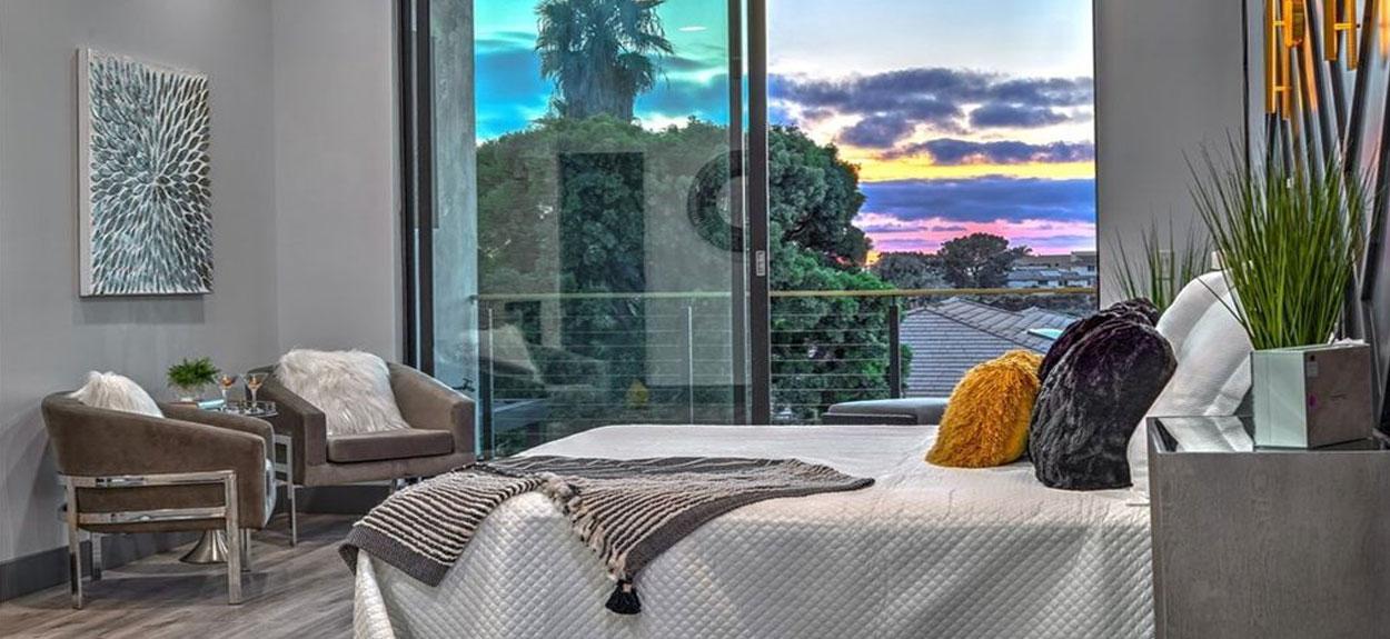 Master-bedroom-13934-recuerdo-dr-delmar-interior